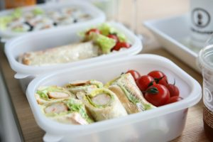 We're making packed lunches for the first time ever and I'm panicking about the cost fellow bloggers share their tips for Super Thrifty Lunch Box Ideas