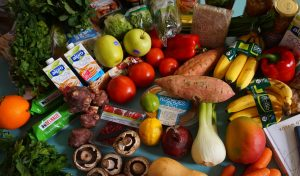 Saving Money On Your Online Grocery Shop - Shopping online doesn't have to be more expensive - use the tips to reduce the cost of your online grocery shop