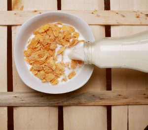 10 Ways To Beat Rising Food Costs - cereal and milk