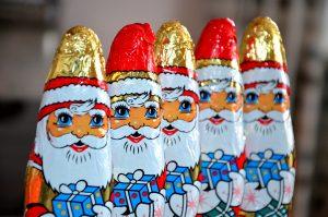 Saving Money at Christmas-11 Things I Refuse to Buy This Year - Chocolate Santas