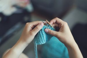 5 Ways To Furnish Your Home On A Budget - Lady Knitting