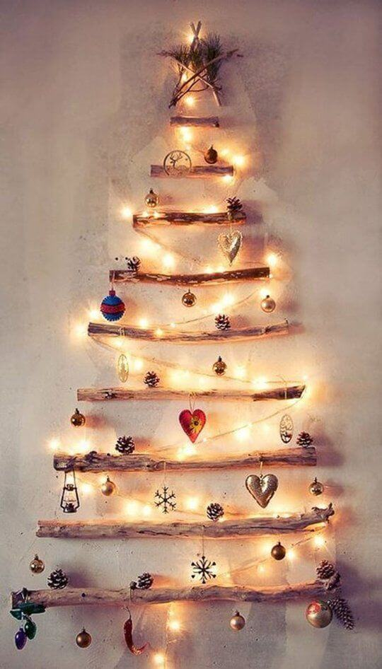 5 Easy Christmas Crafts to Save you Money - Drift wood Christmas Tree